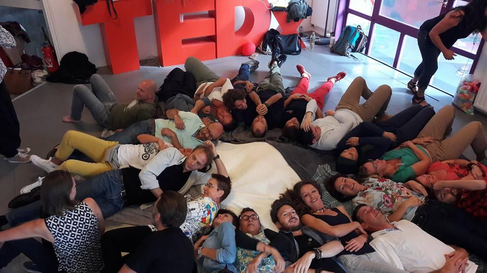 Yoga du rire TedX La Rochelle 2017
